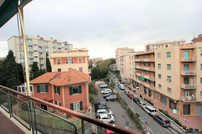 Foto 12 di Appartamento via Massone, Genova (zona Boccadasse-Sturla)