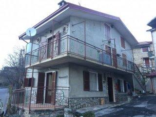 Foto 1 di Casa indipendente Frabosa Soprana