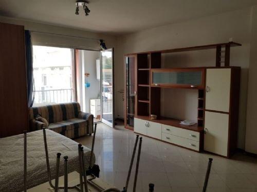 Foto 5 di Appartamento Via Cornigliano, Genova