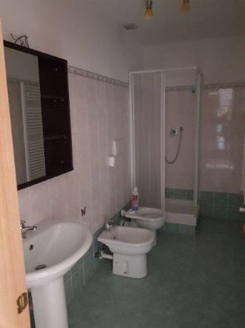 Foto 11 di Appartamento Via Cornigliano, Genova