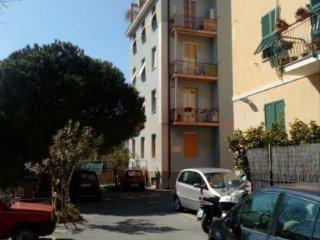 Foto 1 di Appartamento Via Bruzzone, Cogoleto