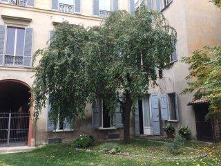 Foto 1 di Appartamento via Barberia, Bologna (zona Costa Saragozza/Saragozza)