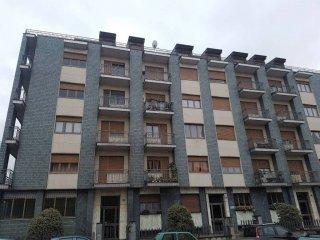Foto 1 di Bilocale via Monte Corno 27, Torino (zona Mirafiori)