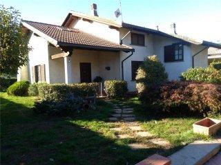 Foto 1 di Villa VIA NOMBARDA 12, Reano