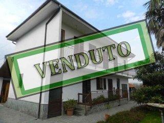 Foto 1 di Rustico / Casale Campiglione Fenile