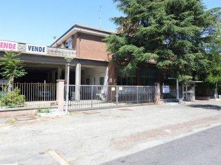 Foto 1 di Palazzo / Stabile Via Aspromonte, Imola