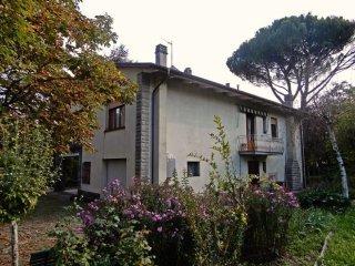 Foto 1 di Villa Castel Del Rio