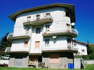 Foto 1 di Bilocale Via Guardata, loc. Brasimone 83A, Camugnano