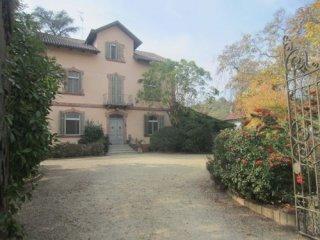 Foto 1 di Villa Asti