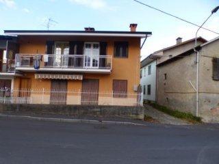Foto 1 di Appartamento Bagnolo Piemonte