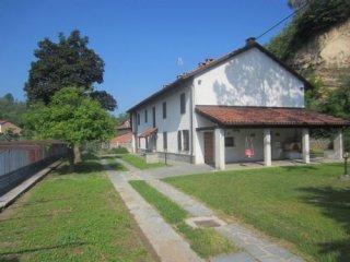 Foto 1 di Casa indipendente Tigliole