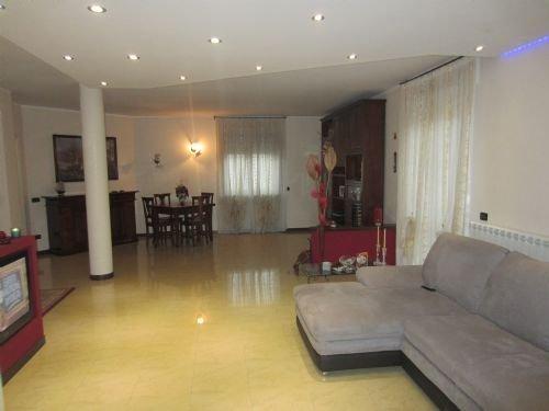Foto 3 di Villa Asti