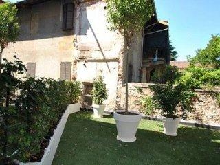 Foto 1 di Appartamento via Giovenone, Vercelli
