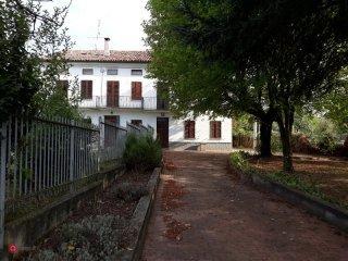 Foto 1 di Appartamento Cerro Tanaro