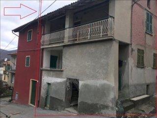 Foto 1 di Casa indipendente Isola Del Cantone