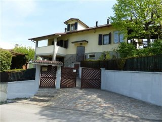 Foto 1 di Villa VIA CASELLA, 9, Grizzana Morandi