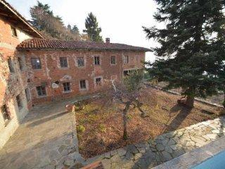 Foto 1 di Appartamento Via Salita alla Torre, Albugnano