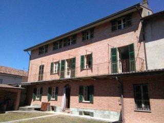 Foto 1 di Appartamento Via Camillo Benso di Cavour11, Castagnole Monferrato