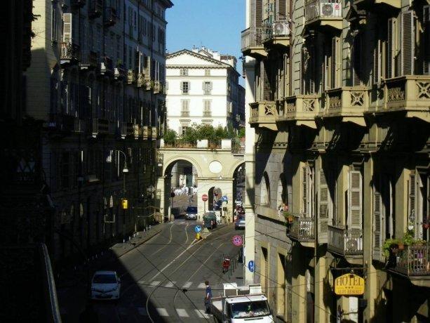 Foto 16 di Appartamento via Alfonso Bonafous, Torino
