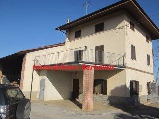 Foto 1 di Rustico / Casale frazione Ronchi, Cuneo