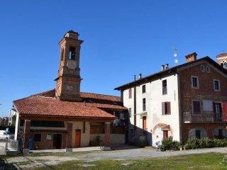 Foto 1 di Palazzo / Stabile strada del Mazzucco 4, Mondovì