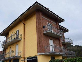 Foto 1 di Villa strada Statale 28 Diramazione, Bastia Mondovì