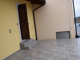 Foto 1 di Appartamento via Villanova Mondovì, Pianfei