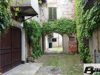 Foto 1 di Rustico / Casale via Roma, Carrù