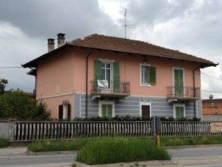 Foto 1 di Villa via Poirino, Carmagnola