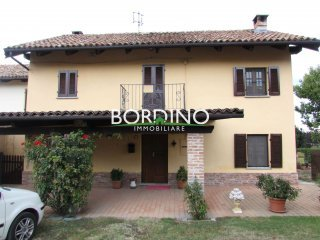 Foto 1 di Casa indipendente strada Loreto snc, frazione Loreto, Costigliole D'asti