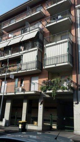 Foto 2 di Trilocale via Venaria 53, Torino (zona Madonna di Campagna, Borgo Vittoria, Barriera di Lanzo)
