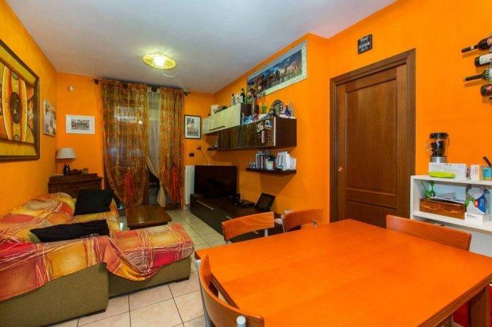 Foto 11 di Trilocale via Venaria 53, Torino (zona Madonna di Campagna, Borgo Vittoria, Barriera di Lanzo)