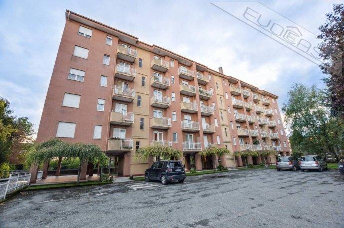 Foto 1 di Trilocale via Luigi Einaudi 15, Pinerolo