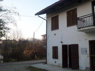 Foto 1 di Casa indipendente strada Provinciale 29 41, frazione San Grato, Monteu Roero