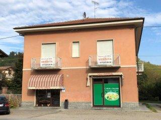 Foto 1 di Casa indipendente via Torino, Vezza D'alba