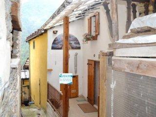 Foto 1 di Rustico / Casale strada Provinciale 170 3, Massello