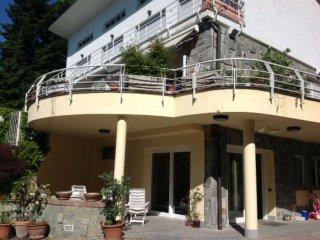 Foto 1 di Villa via Boccardi 30, Pino Torinese