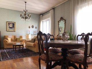Foto 1 di Appartamento via Antonio Bassignano, Cuneo
