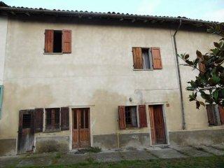 Foto 1 di Casa indipendente via Roma, Ottiglio
