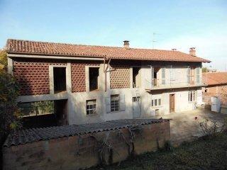 Foto 1 di Rustico / Casale via San Sebastiano, Grana