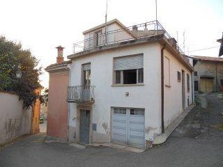 Foto 1 di Casa indipendente via Roma, Vignale Monferrato
