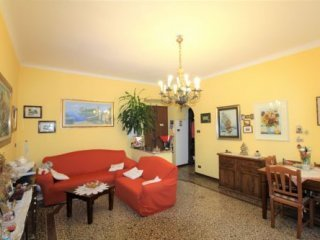 Foto 1 di Appartamento Via San Benedetto, Genova