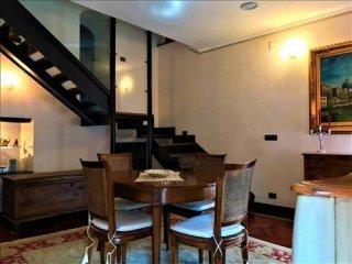 Foto 1 di Appartamento Frazione Prarolo40, Isola Del Cantone