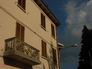 Foto 1 di Trilocale Borgo Tossignano