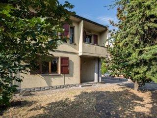 Foto 1 di Villa Massa Lombarda