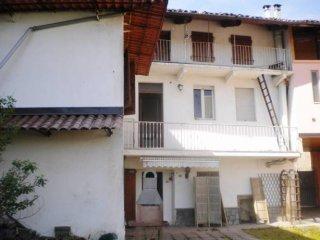 Foto 1 di Villa Perosa Canavese