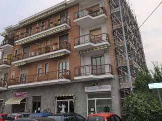 Foto 1 di Trilocale Via Roma, San Mauro Torinese