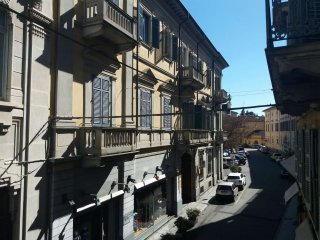 Foto 1 di Bilocale Vercelli