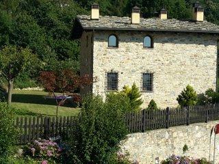 Foto 1 di Villa Roburent