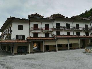 Foto 1 di Quadrilocale Roccaforte Mondovì